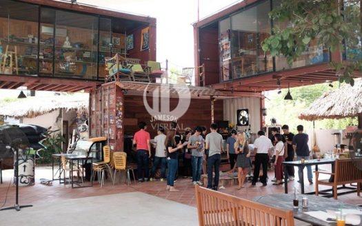 "En Dee, Saigon Outcast - 2 new destinations and ""quality"" of Saigon youth"